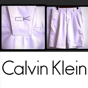 Men's White Calvin Klein Shorts, Size 30